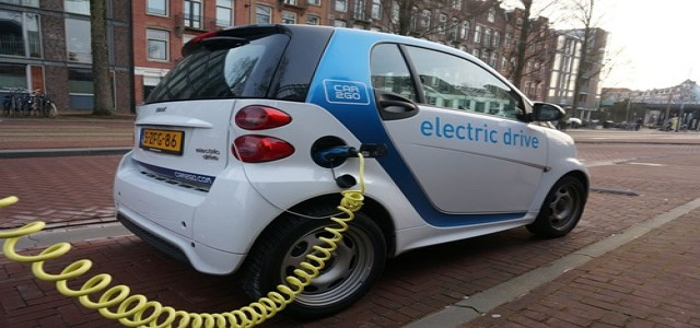 Huawei in talks with local carmakers to obtain rights in their EV units