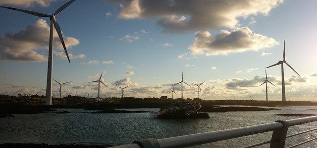 Orsted unveils plans for the world's first 5GW offshore wind island