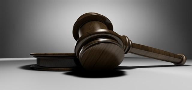 U.S. judge holds up Qualcomm's plea to block antitrust ruling
